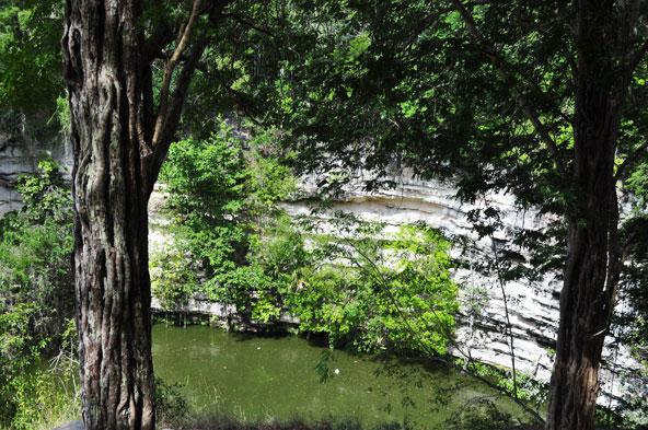 Cenote sacré - Chichen Itza