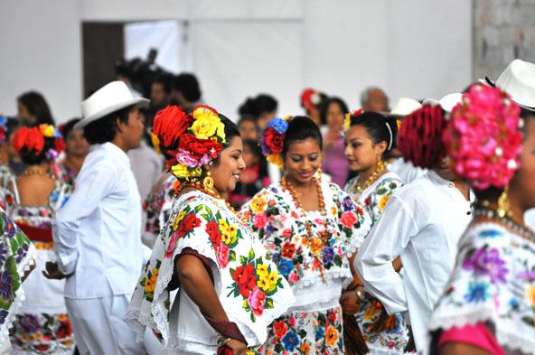 Pestacle de danses yucatèques
