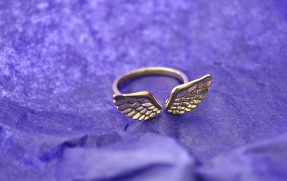 Bague ailes