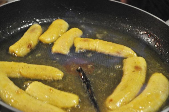 Bananes vanillées flambées au rhum
