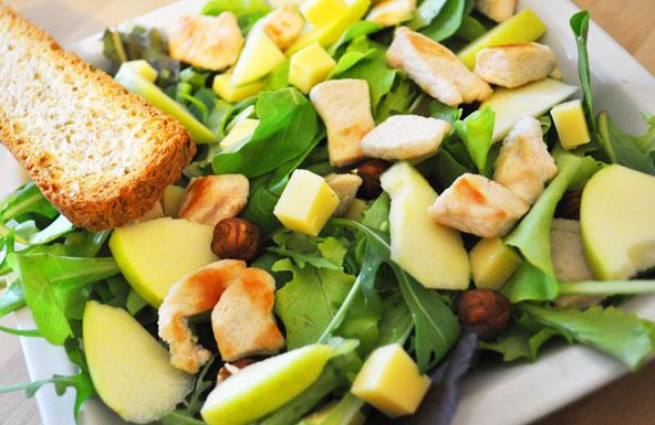 Salade poulet-pomme-comté