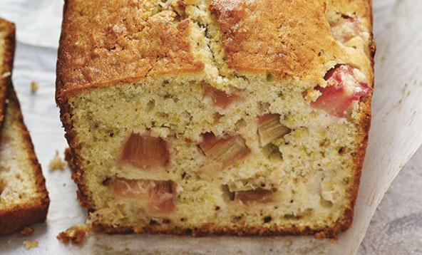 Cake pistache-rhubarbe