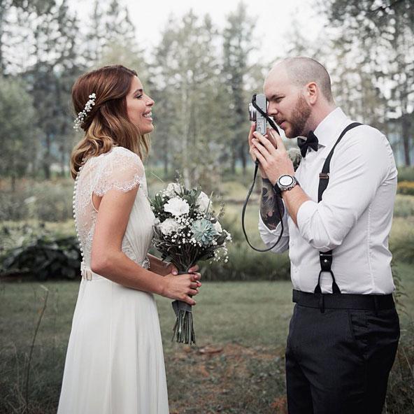 Coiffure de mariage - Demi-queue avec gypsophile