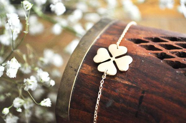Bracelet trèfle à 4 feuilles Cleor