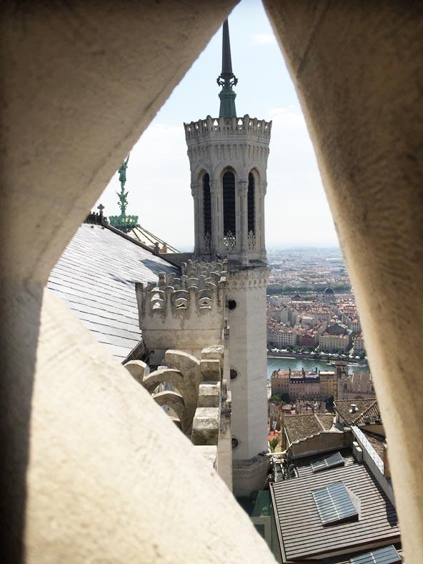 Visite insolite des toits de Fourvière