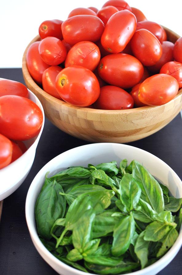 Préparation bocaux de sauce tomate