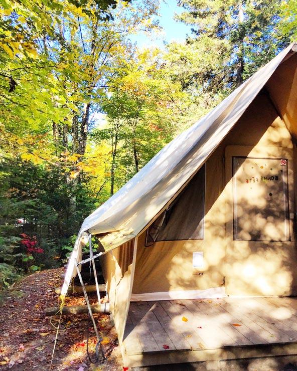 Camping en tente Huttopia au Mont-Tremblant