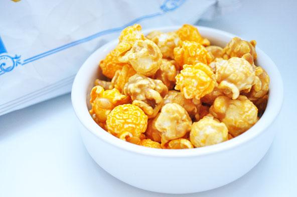 Popcorn cheddar-caramel