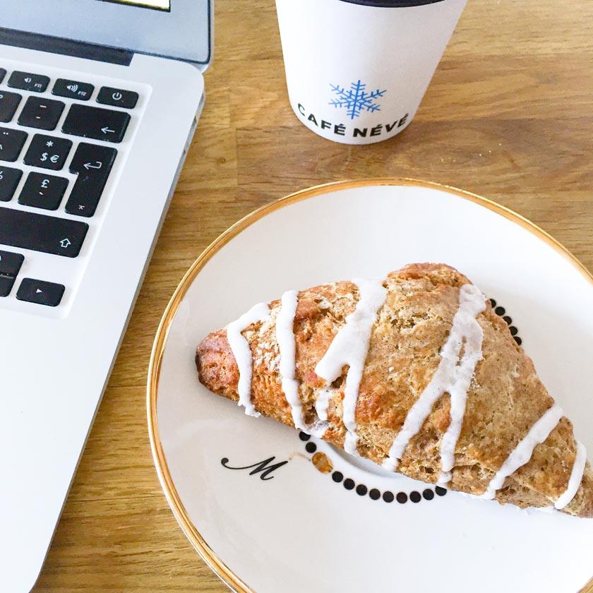Petit déjeuner Café Névé