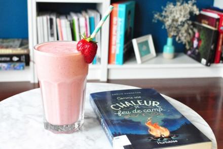 Smoothie fraise, rhubarbe et vanille